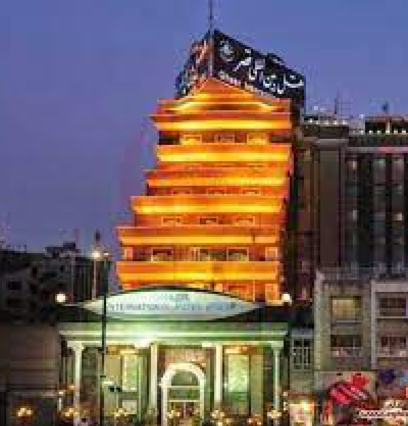 هتل بین المللی 5 ستاره قصر